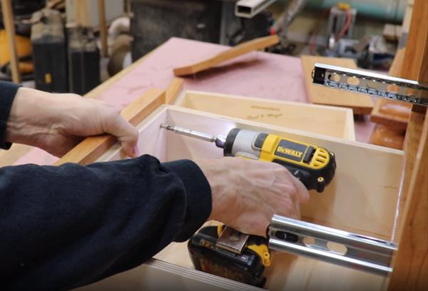 Aligning drawer inner screw holes