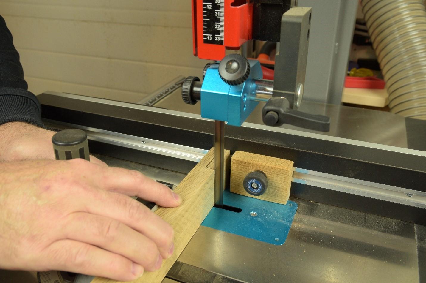 Making a slit cut