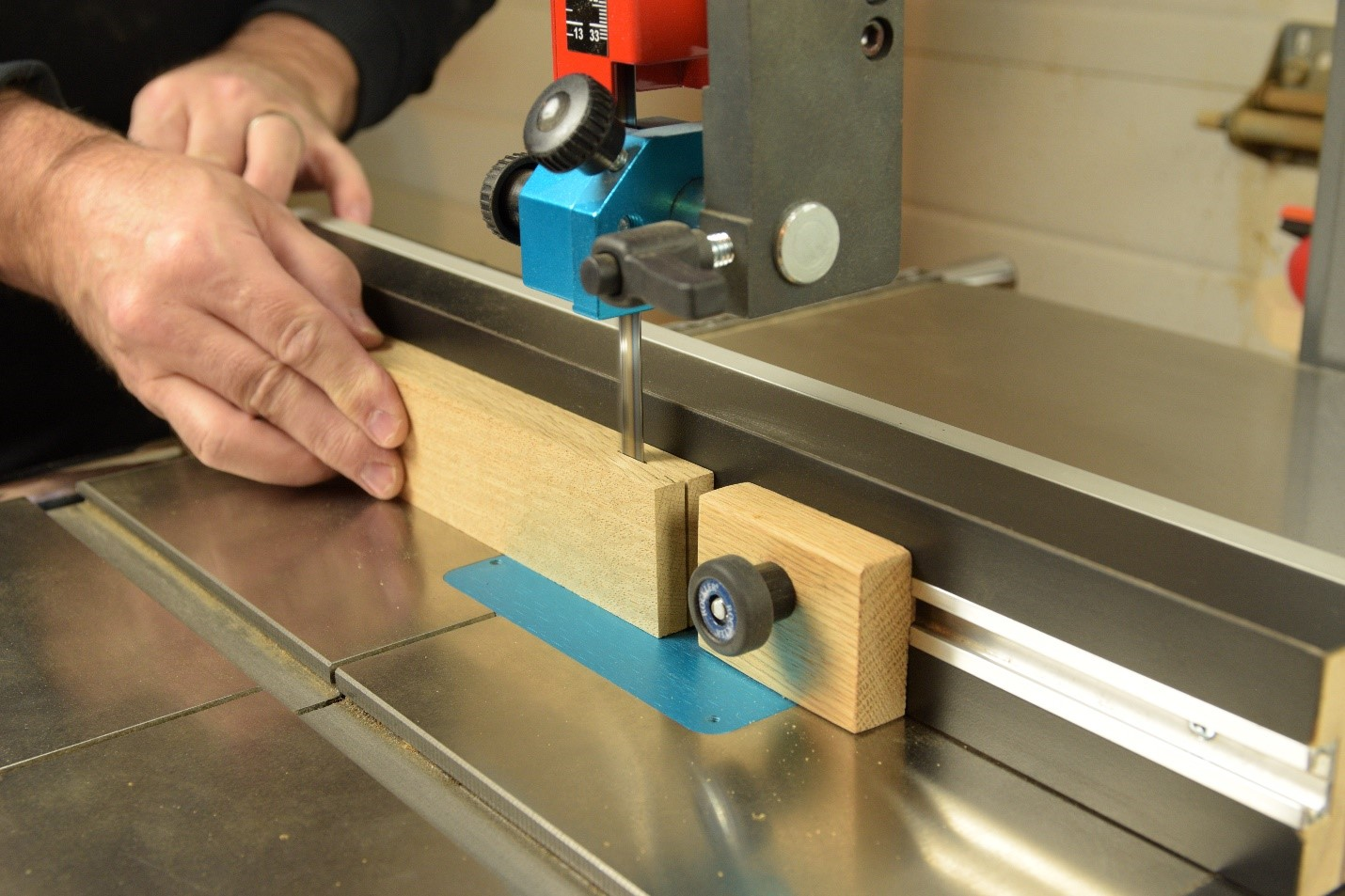 Working with a stop block and your bandsaw