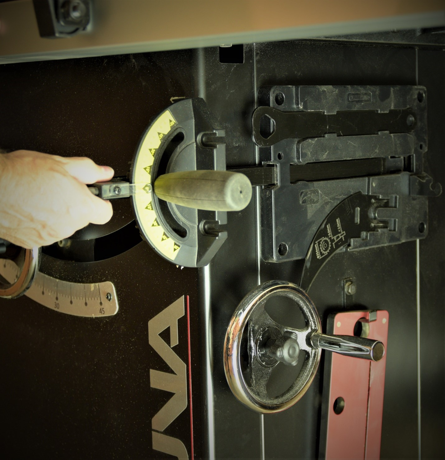 storing the blade wrench on the fusion tablesaw cabinet